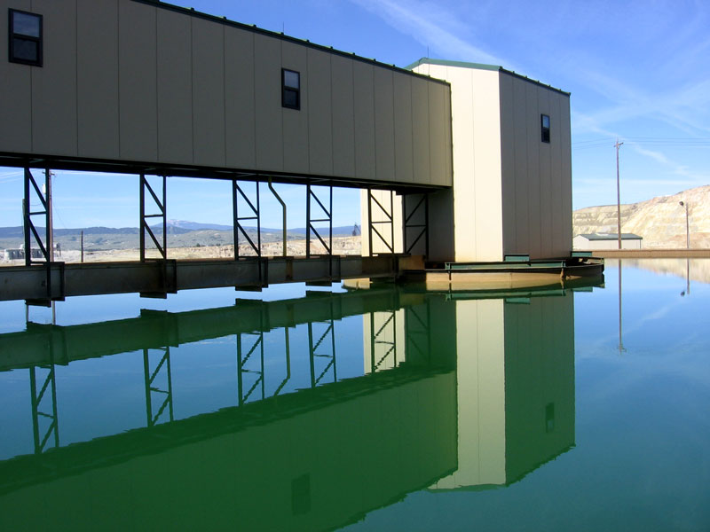 A treatment pond at the Horseshoe Bend Water Treatment Plant (2009). Photo by Justin Ringsak.